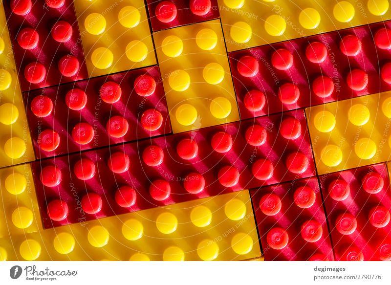 Geometrische Kunststoffwürfel. Konstruktionsspielzeug solider Hintergrund Design Freude Freizeit & Hobby Spielen Kind Kindheit Menschengruppe Gebäude Spielzeug