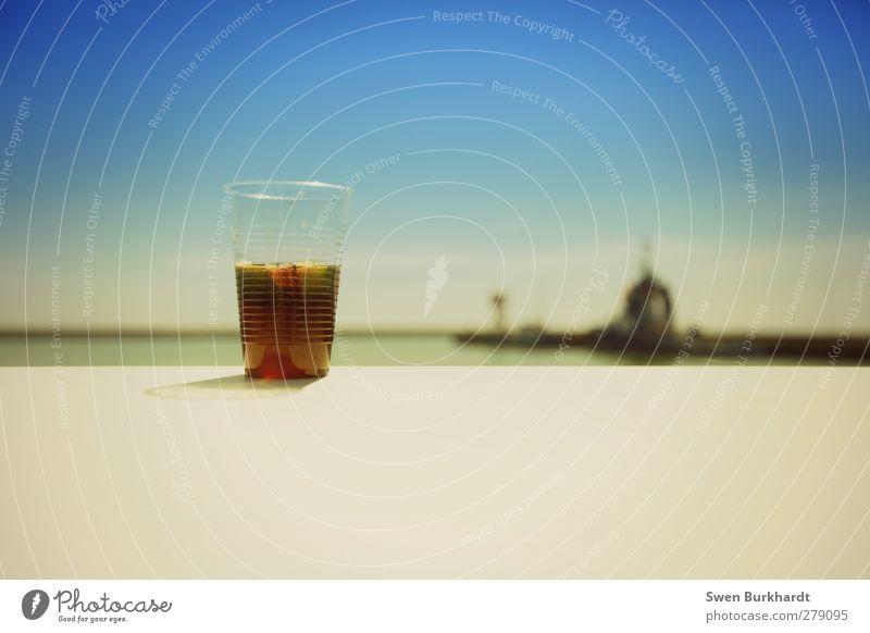 war´ne geile Nacht gestern Lebensmittel Ernährung Getränk Erfrischungsgetränk Limonade Saft Alkohol Cola Mischung Becher Meer Umwelt Natur Landschaft Luft