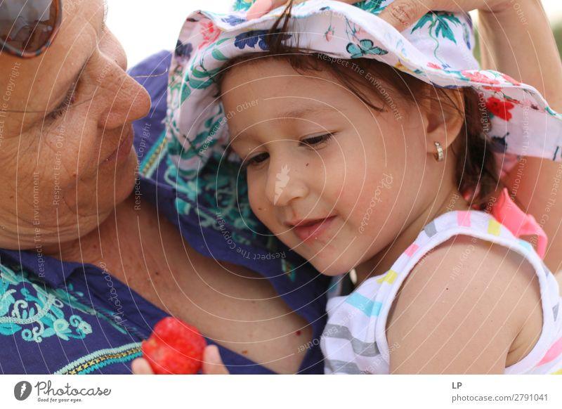 Frau Kind Mensch Erwachsene Leben Religion & Glaube Liebe Senior feminin Gefühle Familie & Verwandtschaft Zusammensein Zufriedenheit Kindheit Fröhlichkeit