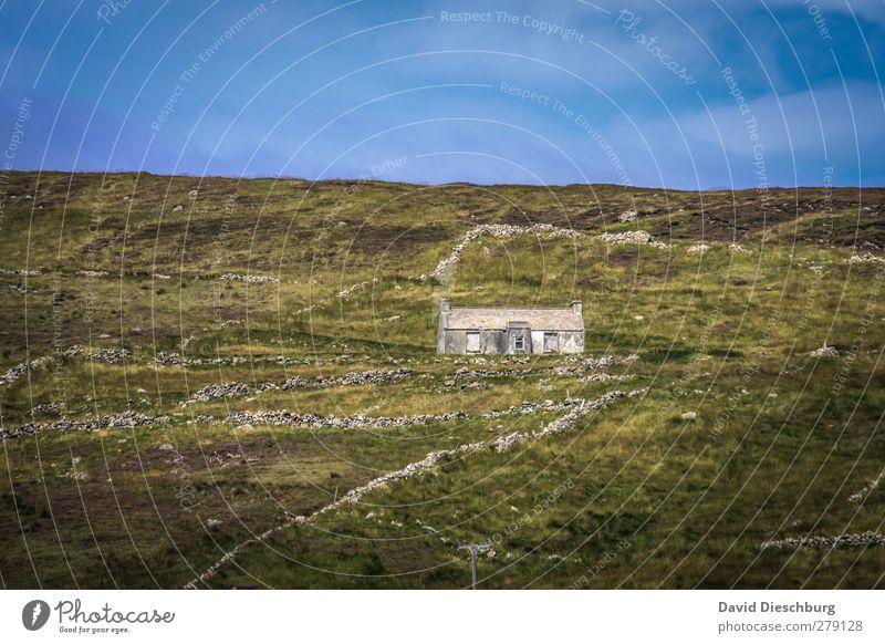 Traumhaus Himmel blau alt Ferien & Urlaub & Reisen grün Sommer Pflanze Einsamkeit Wolken Haus Landschaft gelb Berge u. Gebirge Herbst Gras Frühling
