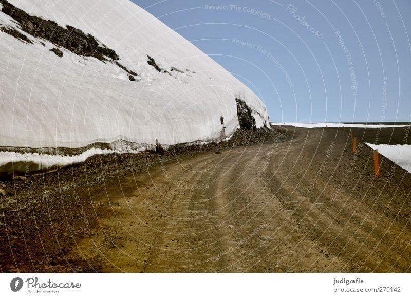 Island Himmel Natur Ferien & Urlaub & Reisen Einsamkeit Landschaft Umwelt Straße kalt Schnee Wege & Pfade Erde Klima Wolkenloser Himmel