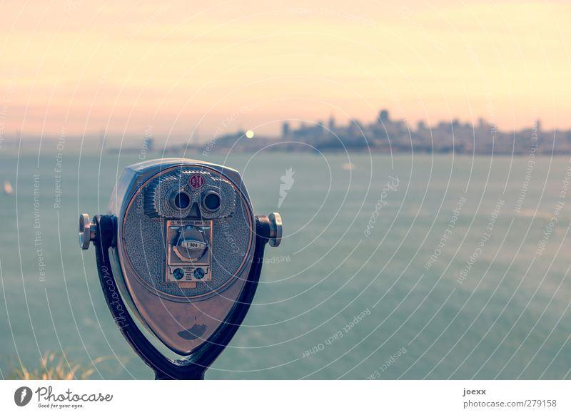 Fernseher Wasser Himmel Wolken San Francisco Kalifornien Stars and Stripes Hafenstadt Skyline Fernglas Blick alt trendy blau gelb grau grün orange schwarz Stadt