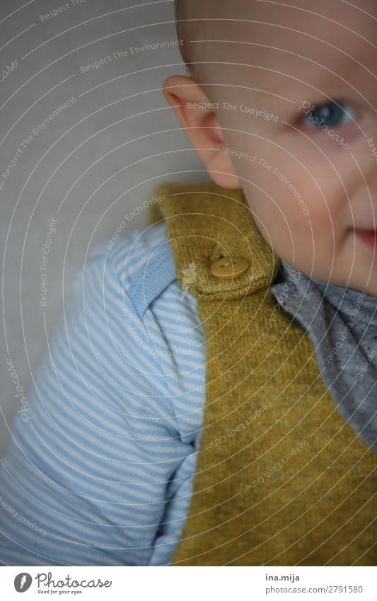 Knopf Kindererziehung Bildung Kindergarten Mensch Baby Kleinkind Junge Kindheit Leben 1 0-12 Monate 1-3 Jahre Mode Bekleidung Wolle Knöpfe beobachten Lächeln