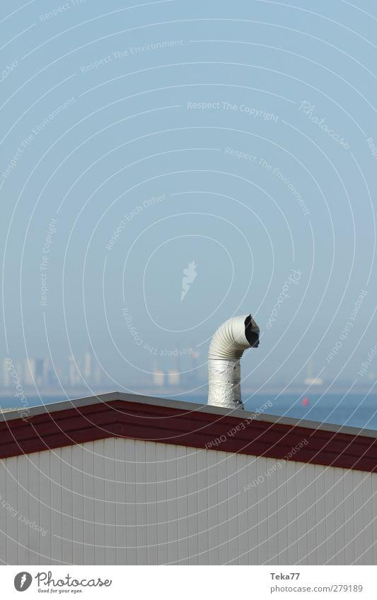St(r)andheizung Natur Stadt blau Meer Umwelt grau Fassade Wetter trist Hochhaus verrückt Dach rund Unendlichkeit Wolkenloser Himmel Nordsee