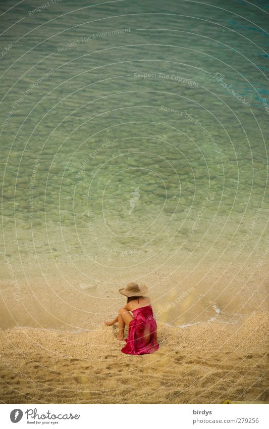 Hallo Meer Sommerurlaub Strand Junge Frau Jugendliche 1 Mensch Wasser Schönes Wetter Adria Tuch Hut berühren genießen hocken ästhetisch Erotik exotisch positiv