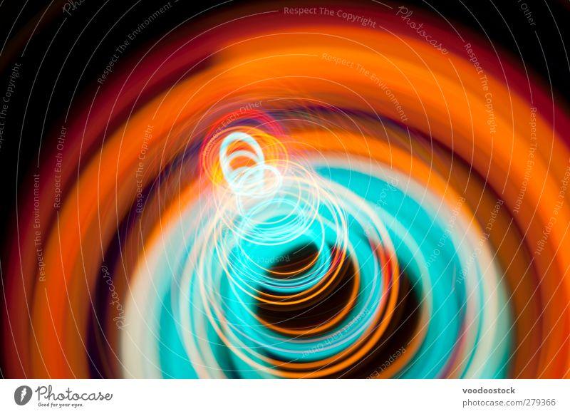 Abstrakte Spirale der Spirale des Lichts Linie hell Farbe Kreise Spur kreisen farbenfroh glühend auffallend orange zyan mehrfarbig Tiefenschärfe Studioaufnahme