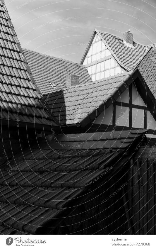 Fachwerk ruhig Haus Leben Architektur Stil Linie Zeit Ordnung Design ästhetisch Häusliches Leben Idylle Dach Spitze einzigartig Vergänglichkeit