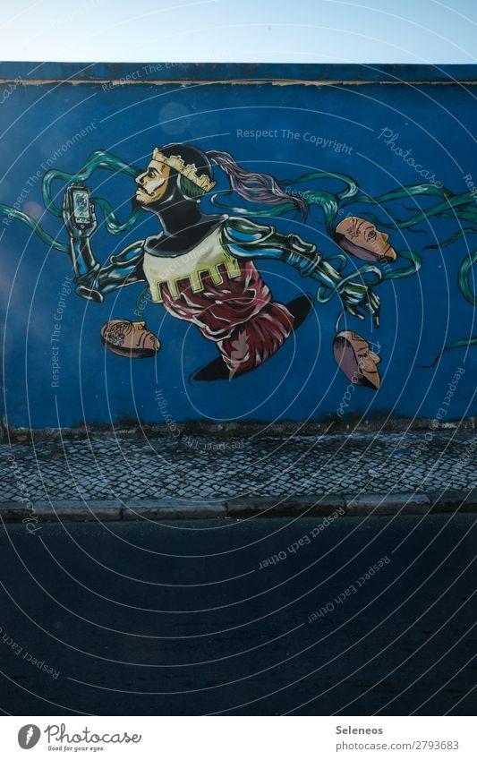 Masquerade Karneval Handy PDA Fotokamera Unterhaltungselektronik Telekommunikation Informationstechnologie Internet Mensch Mann Erwachsene Mauer Wand Fassade