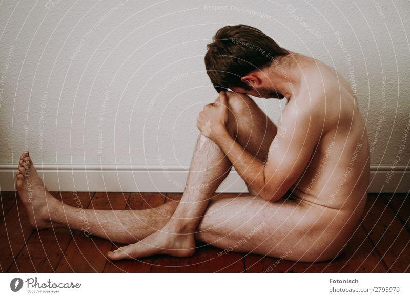 Allein 2 Mensch maskulin Junger Mann Jugendliche Körper 1 18-30 Jahre Erwachsene sitzen Ferne nackt trist Traurigkeit Einsamkeit Sex Sexualität Farbfoto