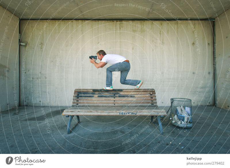 für die tonne Videokamera Technik & Technologie Unterhaltungselektronik Mensch maskulin Mann Erwachsene Körper 1 30-45 Jahre Konzentration filmen Kameramann