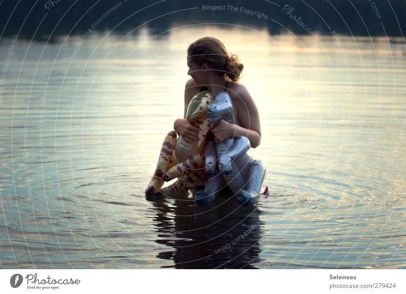 mt dns bdn ghn Sommer Sommerurlaub Meer Wellen Mensch feminin Frau Erwachsene 1 Umwelt Natur Küste Seeufer Dinosaurier Schwimmen & Baden nass Farbfoto