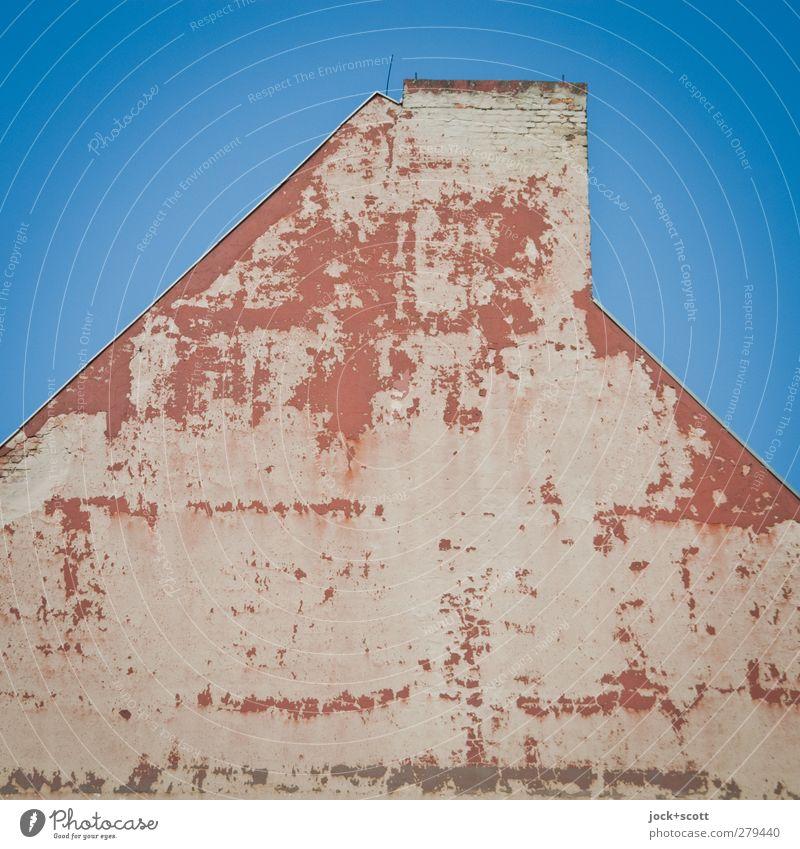 DIN 4102 Teil 3, Abschnitt 4 Berlin Haus Gebäude Dach Schornstein Blitzableiter Stein alt authentisch eckig einfach oben trist Stadt Stimmung standhaft