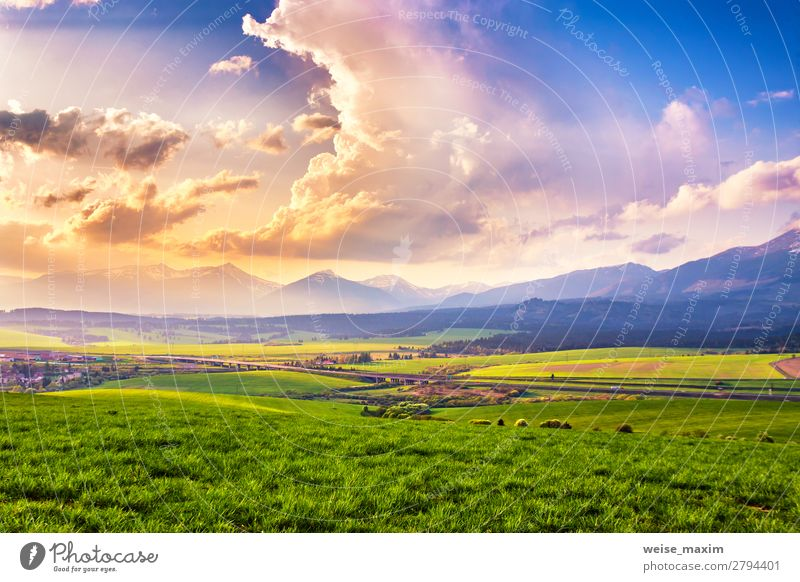 Himmel Ferien & Urlaub & Reisen Natur Sommer Pflanze grün Landschaft Baum Wolken ruhig Wald Ferne Berge u. Gebirge Herbst Umwelt Frühling