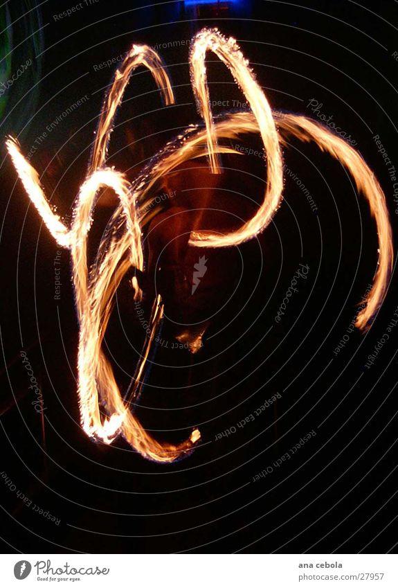 Rot light schwarz Kunst Brand Ausstellung Fototechnik
