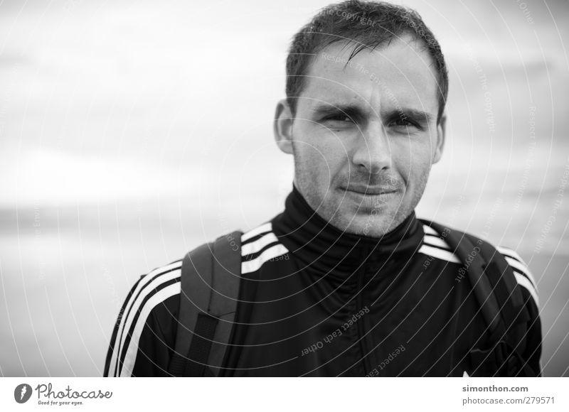 portrait sportlich Ferien & Urlaub & Reisen Ausflug Freiheit Strand Meer wandern maskulin Junger Mann Jugendliche Kopf 1 Mensch 18-30 Jahre Erwachsene