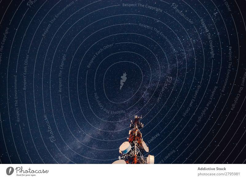 Funkturm gegen Sternenhimmel Radio Turm Himmel Nacht Mitteilung Station Industrie Technik & Technologie Telekommunikation Gerät Antenne Strukturen & Formen