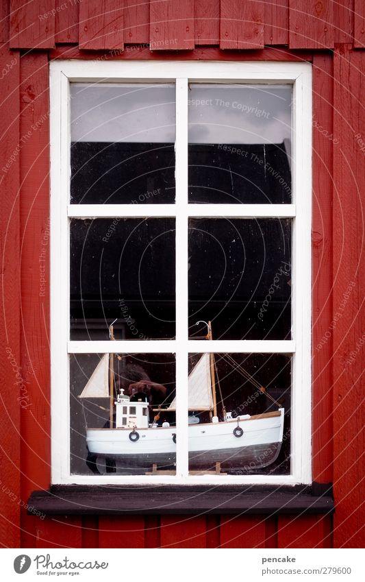 trockendock rot Haus Fenster Holz klein retro Hafen Kitsch Schifffahrt Hütte Segeln Fensterscheibe Segelboot Ausstellung Basteln