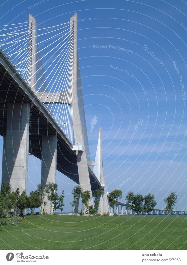 lissabon bridge 2 Himmel Architektur Brücke modern wirklich Lissabon