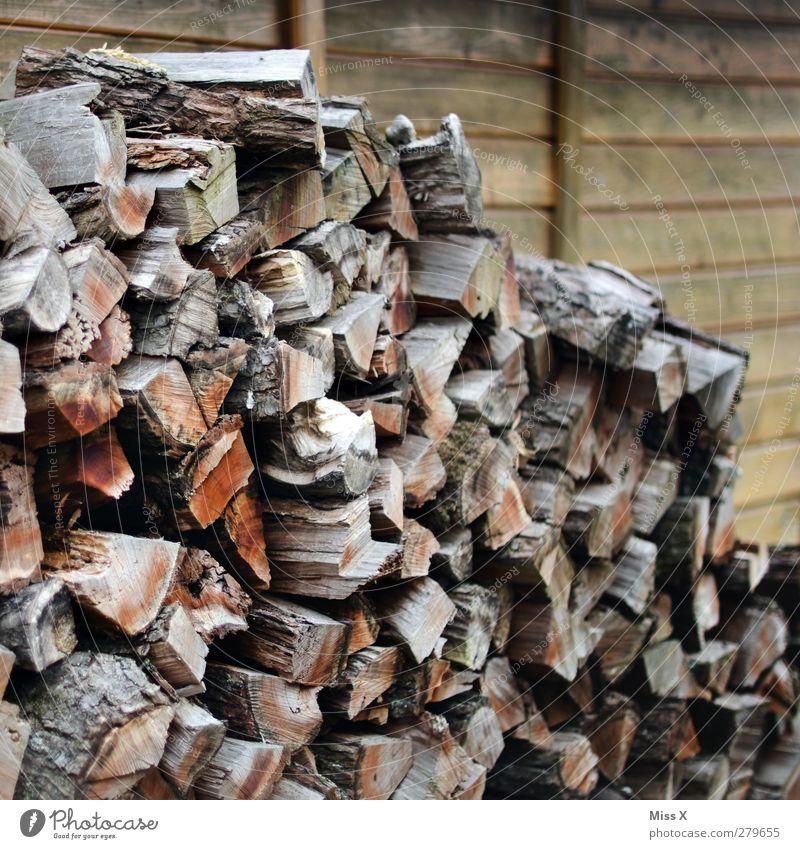 Holz vor der ... braun Ast trocken Baumstamm Holzbrett Haufen Brennholz Holzhütte