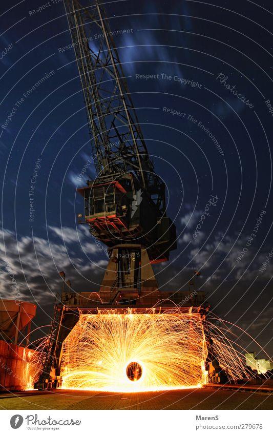 sparks of fire Maschine Baumaschine Technik & Technologie Industrie Schönes Wetter Metall Stahl glänzend Abenteuer Farbfoto Außenaufnahme Experiment