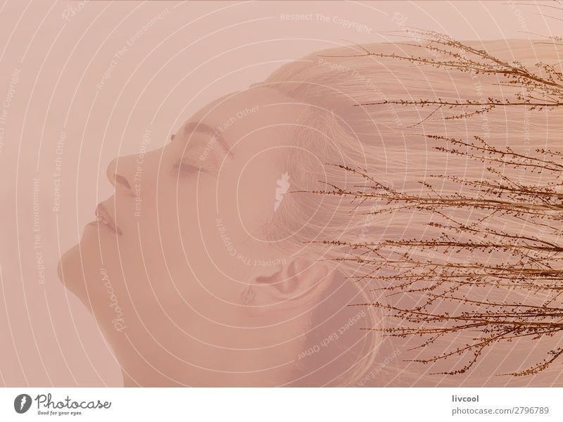 Frau, die mit der Natur verschmolzen ist. Erholung Winter Garten Mensch feminin Weiblicher Senior Kopf Gesicht Auge Lippen 1 45-60 Jahre Erwachsene Pflanze Baum