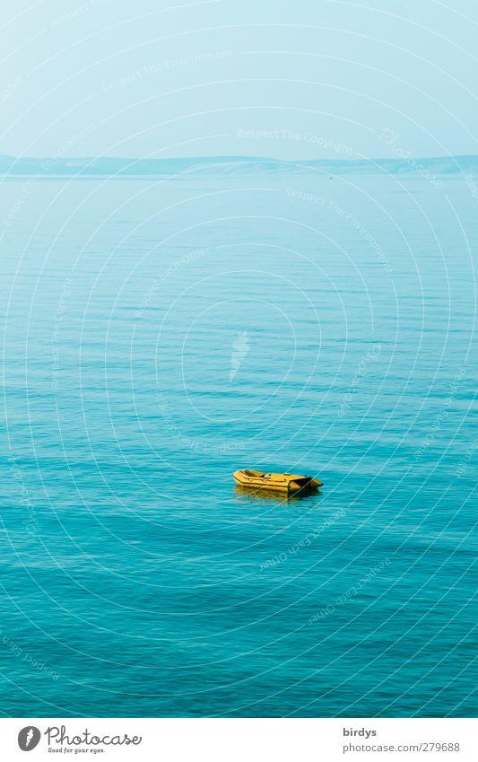 singledasein 1 blau Sommer Meer Einsamkeit ruhig Ferne Horizont Schwimmen & Baden Wellen außergewöhnlich frisch ästhetisch Schönes Wetter Im Wasser treiben
