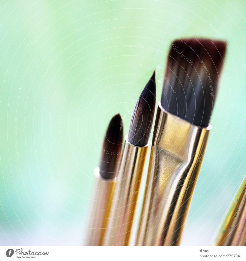 Kunst Schaffende Pinsel Pinselstiel Haare & Frisuren Metall ästhetisch eckig Spitze gold Farbe stagnierend flach glänzend Werkzeug Malwerkzeug Borsten Farbfoto