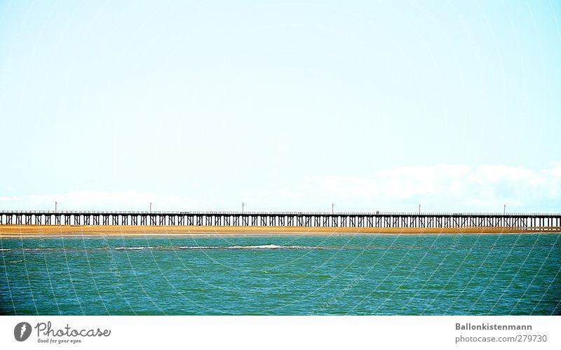Brücke sehen und... Tourismus Ferne Freiheit Sommerurlaub Meer Wasser Himmel Wolken Horizont Schönes Wetter Verkehrswege Unendlichkeit lang positiv blau türkis