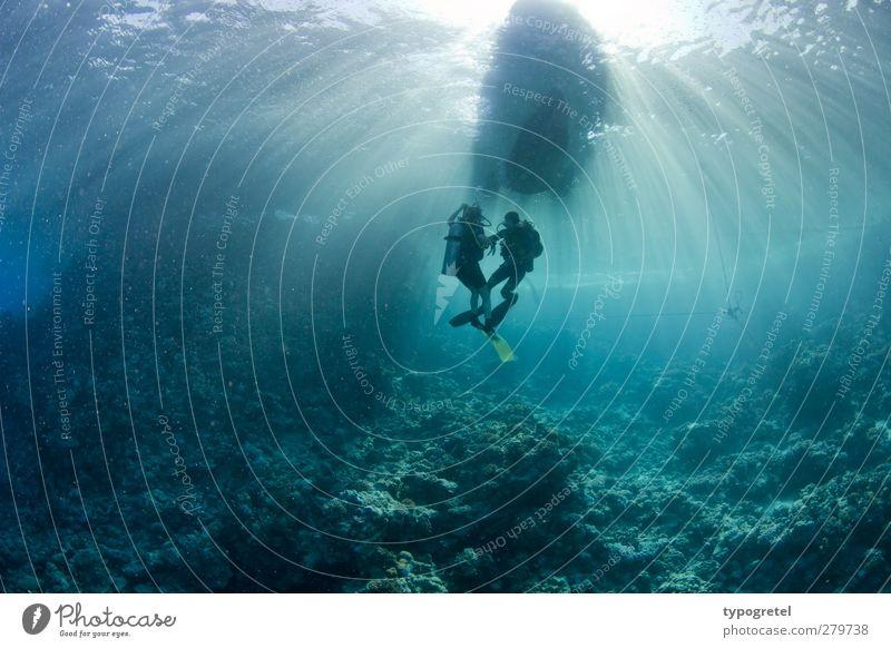 Taucherballett Ferien & Urlaub & Reisen tauchen 2 Mensch Wasser Wellen Korallenriff Meer blau türkis Abenteuer Tourismus Ägypten Rotes Meer Lichtstrahl