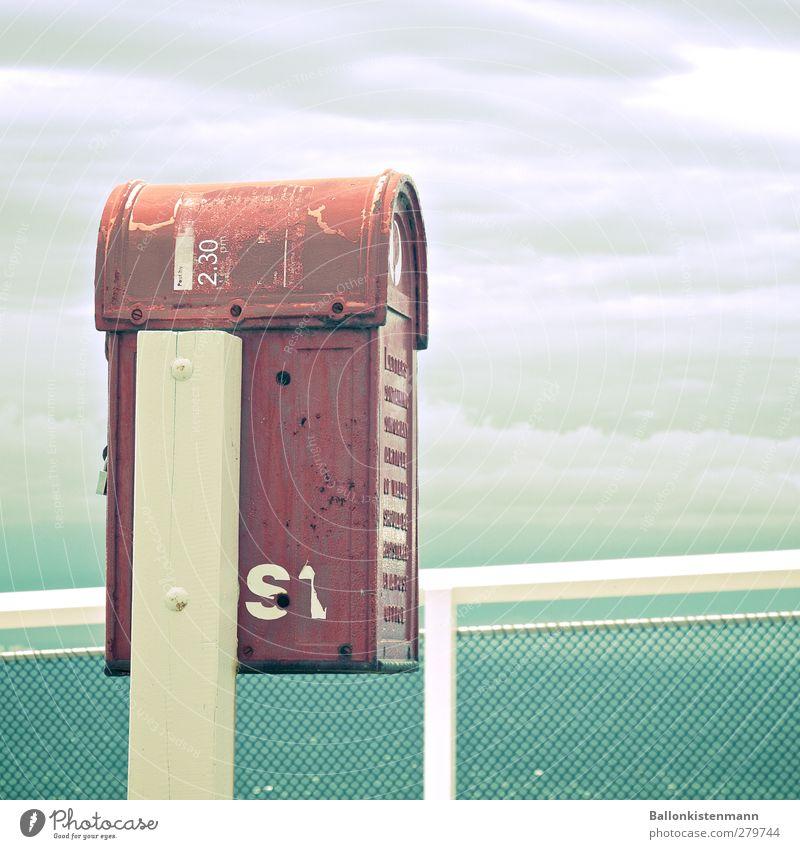 Post aufs Meer Himmel Ferien & Urlaub & Reisen rot Wolken Ferne grau Tourismus Perspektive Kommunizieren Idee einzigartig retro Güterverkehr & Logistik
