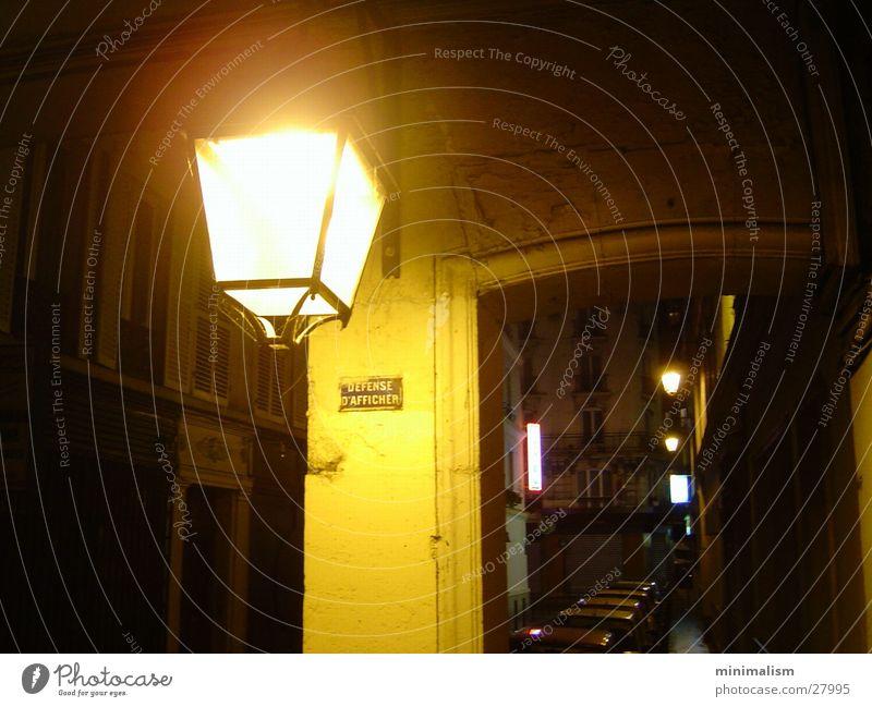 defense d'afficher ! Paris Warmes Licht Frankreich Nacht Architektur