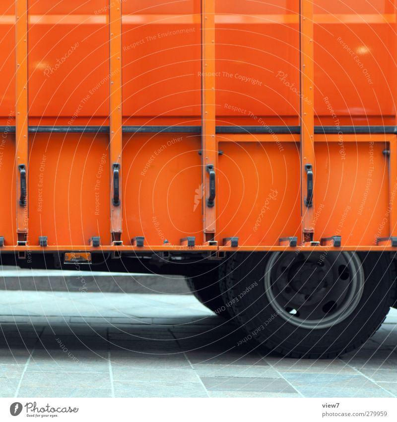 glas Arbeitsplatz Handel Güterverkehr & Logistik Baustelle Verkehr Verkehrsmittel Straße Fahrzeug Lastwagen Metall Linie Streifen authentisch einfach modern