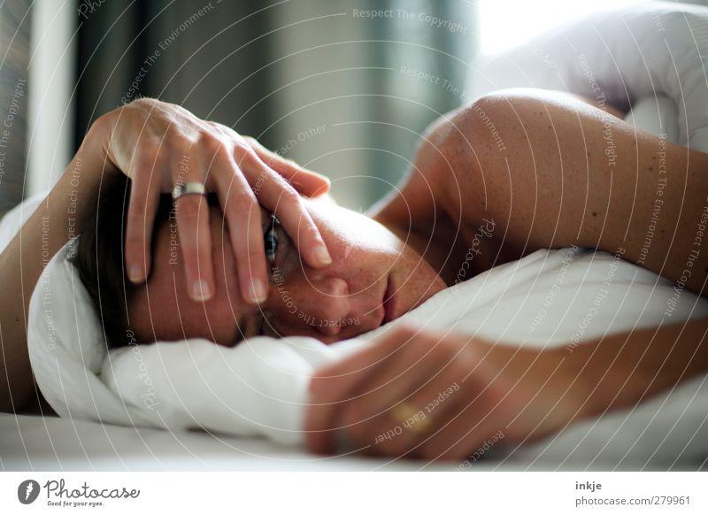 täglich grüßt das Murmeltier Mensch Frau Jugendliche weiß schön ruhig Erwachsene Gesicht Leben Junge Frau Gefühle Traurigkeit Gesundheit Stimmung braun liegen