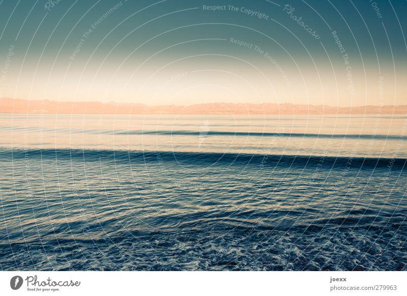 Weit, weit, weg Natur Wasser Himmel Wolken Horizont Sommer Schönes Wetter Küste Meer blau orange weiß ruhig Ferne Farbfoto Außenaufnahme Menschenleer Tag