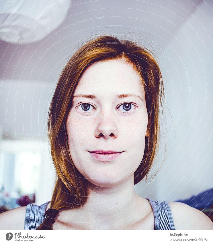 use your eyes! Mensch Jugendliche Erwachsene Gesicht feminin Junge Frau Kopf 18-30 Jahre außergewöhnlich verrückt ästhetisch einzigartig skurril bizarr