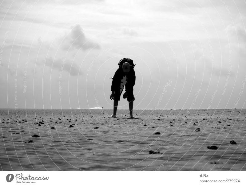 Muschelsucher SPO | 09 Wasser Ferien & Urlaub & Reisen weiß Sommer Meer Strand Wolken schwarz Küste grau Sand Luft Horizont Wellen wandern Tourismus