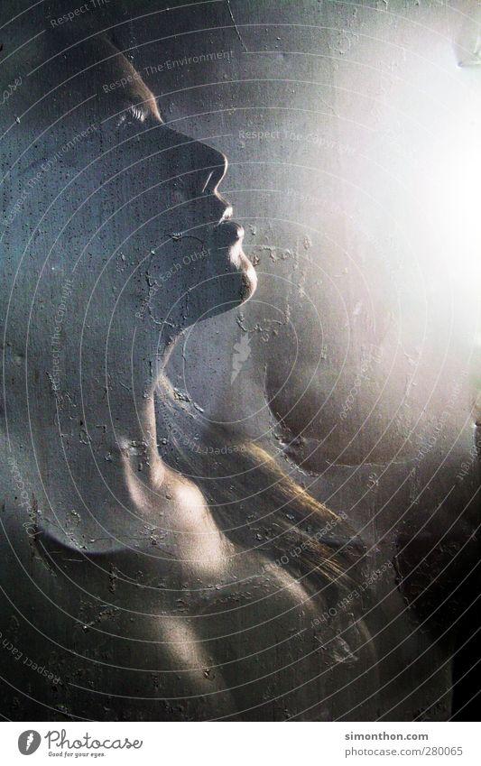 portrait Mensch Frau Jugendliche schön Erwachsene feminin Erotik Junge Frau Stimmung 18-30 Jahre Körper Sex Haut Romantik Lippen heiß