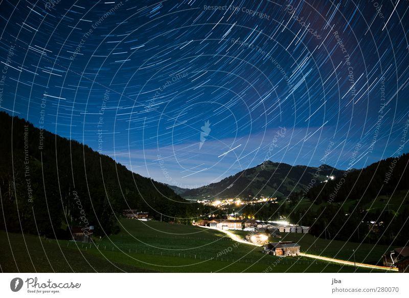 Blick nach Gstaad Himmel Natur Ferien & Urlaub & Reisen Sommer ruhig Landschaft Wald Ferne Straße Wiese Berge u. Gebirge Leben Bewegung Freiheit Kunst Stern