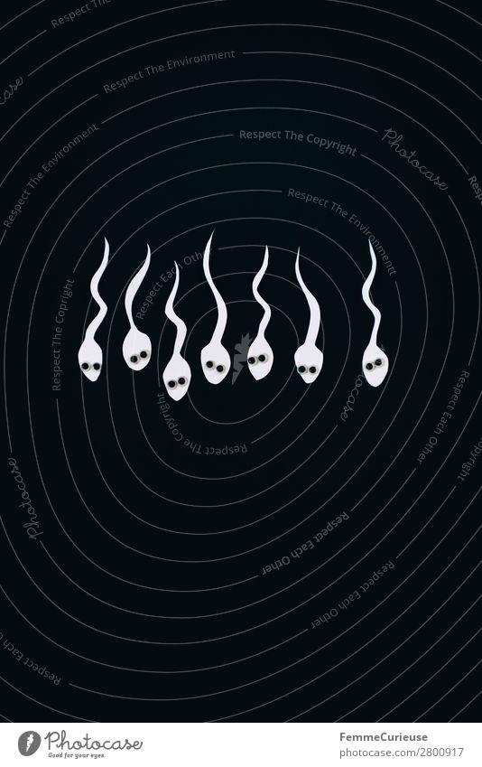 Reproduction - White sperm in front of black background Familie & Verwandtschaft Sex Sexualität Spermien schwarz weiß Fortpflanzung mehrere Kinderwunsch