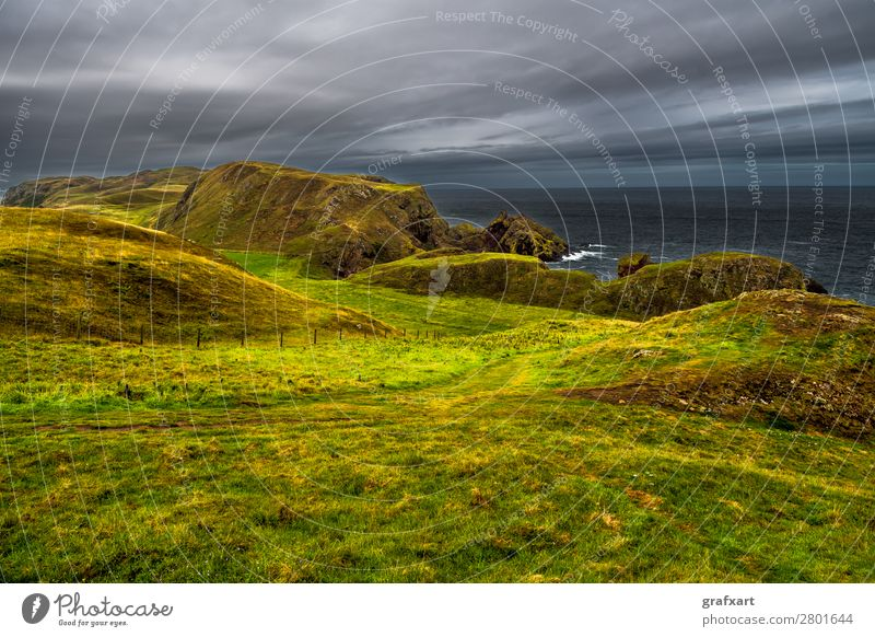 Wanderweg an der Atlantikküste bei St. Abbs Head in Schottland Himmel Natur Wasser Landschaft Meer Wolken Reisefotografie Hintergrundbild Umwelt Wege & Pfade