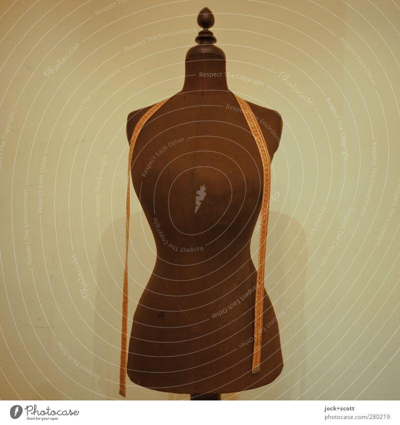 Achte auf deine Linie! alt feminin braun Mode stehen ästhetisch einfach Streifen planen Ziffern & Zahlen dünn sportlich Tradition bewegungslos Kurve Puppe