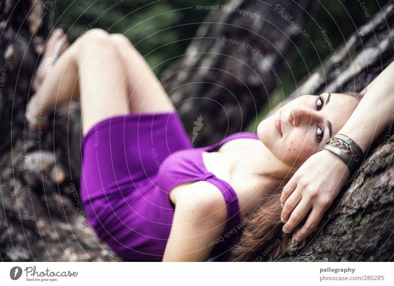 be nice (IV) Mensch feminin Junge Frau Jugendliche Erwachsene Leben 1 18-30 Jahre Natur Pflanze Frühling Sommer Schönes Wetter Baum Baumstamm Garten Park Wald