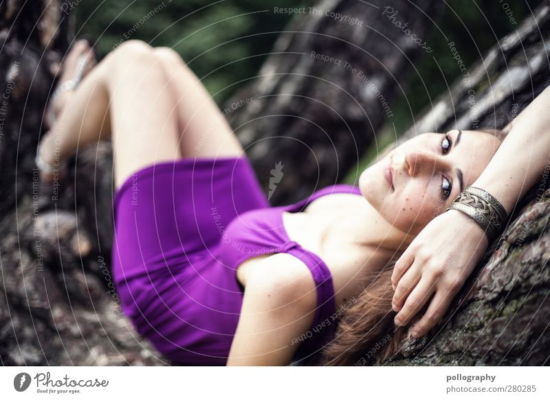 be nice (IV) Mensch Frau Natur Jugendliche Sommer Pflanze Baum Erwachsene Wald feminin Leben Junge Frau Frühling Glück Garten Park