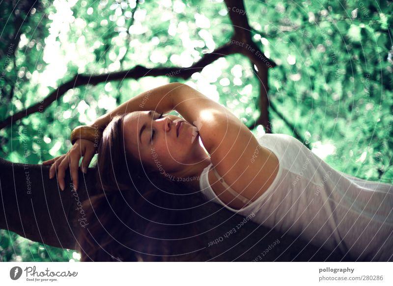 dream about (VI) Mensch feminin Junge Frau Jugendliche Erwachsene Leben 1 13-18 Jahre Kind Umwelt Natur Pflanze Frühling Sommer Schönes Wetter Baum Blatt