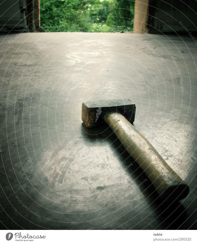 Bello alt grün schwarz dunkel Wand Holz grau Mauer Stein Metall Arbeit & Erwerbstätigkeit Tür liegen Kraft Bodenbelag Wandel & Veränderung