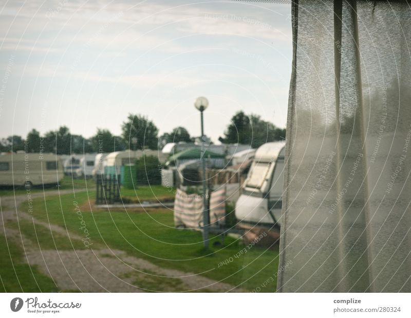 Beobachten Ferien & Urlaub & Reisen Abenteuer Ferne Camping Sommerurlaub Strand Meer Wolken Wege & Pfade Fahrzeug Wohnmobil Wohnwagen beobachten gruselig