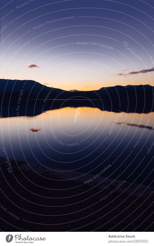 Sonnenuntergang am Bergsee See Landschaft Berge u. Gebirge schön Natur Wasser Hintergrundbild Sonnenaufgang Himmel Reflexion & Spiegelung Sommer Szene Abend