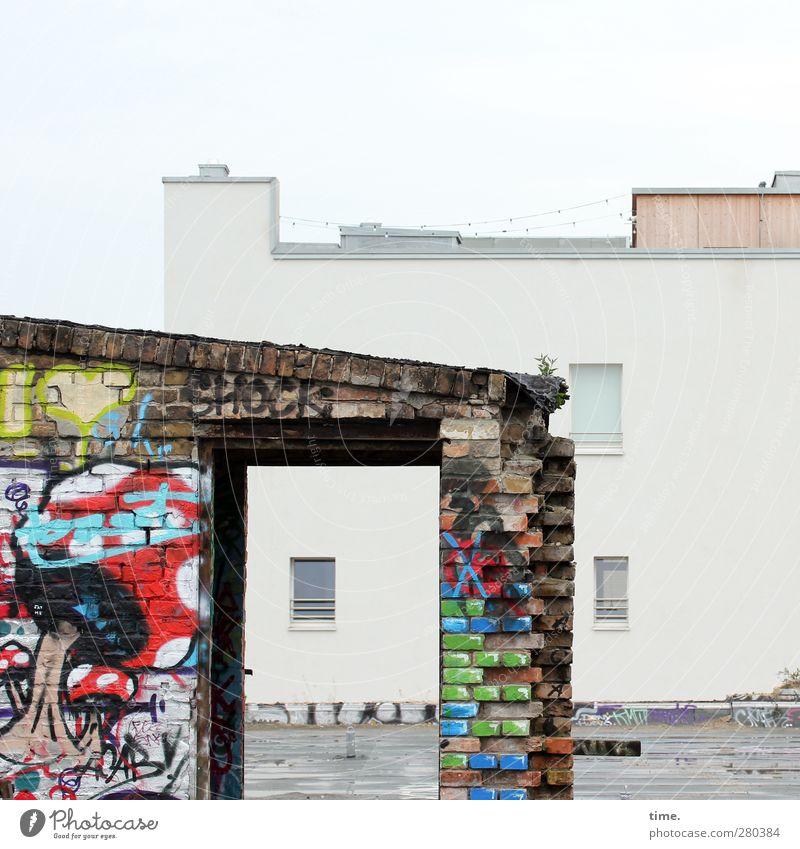 Chic-Schock Haus Fenster Graffiti kalt Wand Mauer Stein Kunst Fassade dreckig elegant Beton modern ästhetisch Coolness einzigartig
