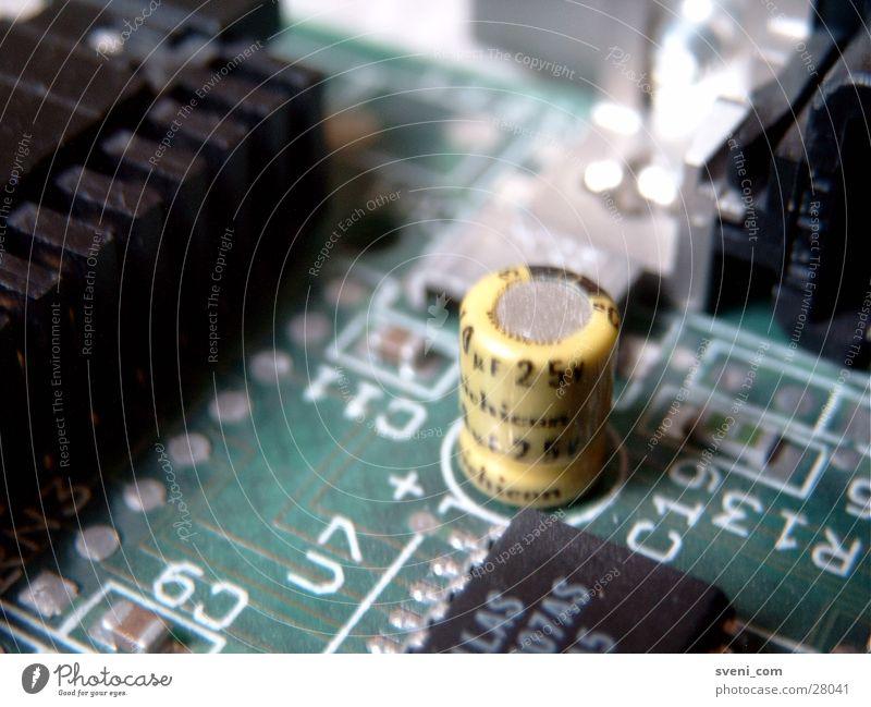 Controller-Platine grün gelb Technik & Technologie Ziffern & Zahlen Elektronik Elektrisches Gerät Transistor