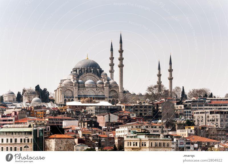 Istanbul Ferien & Urlaub & Reisen Tourismus Ausflug Sightseeing Städtereise Himmel Stadtzentrum Haus Gebäude Architektur Moschee Minarett Politik & Staat